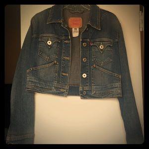Levi's Cropped Long-Sleeve Jean Jacket